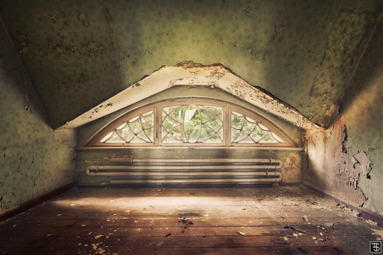 attic chamber